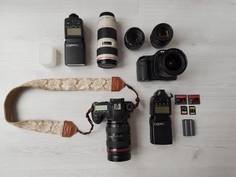 Cameratas fotograaf op reis